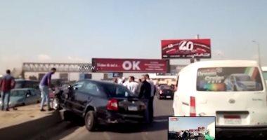 صورة مصرع شاب صدمته سيارة أثناء عبوره الطريق بمدينة السلام