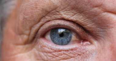 6 عادات صحية تمنع إصابتك بالضمور البقعى للعين