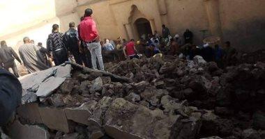 فيديو وصور.. ارتفاع عدد ضحايا انهيار حائط الكنيسة الأثرية بالمنيا لـ3 قتلى و4 مصابين