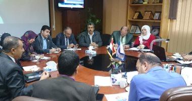 """""""عائلة مصرية بلا أمية"""" شعار جامعة المنصورة للقضاء على الأمية بالدقهلية"""
