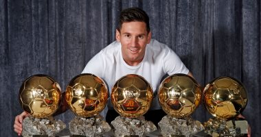 رونالدينهو يهنئ ميسى بعد حصوله على الكرة الذهبية: انجاز تستحقه كثيرا