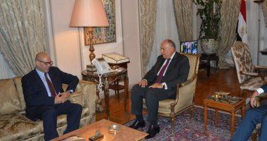 وزير الخارجية يؤكد حرص مصر على حفظ وحدة ليبيا وسلامتها الإقليمية