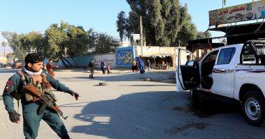 مقتل 5 وإصابة 23 في هجوم بسيارة مفخخة على قاعدة أمنية بأفغانستان