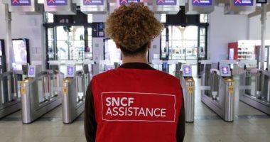 إضراب عمالى فى فرنسا احتجاجا على مشروع تعديل نظام التقاعد