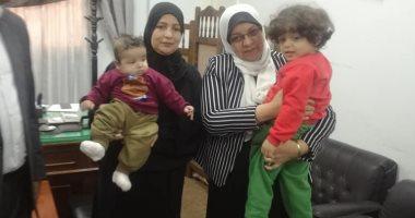 زوجة المطرب شادى الأمير تتسلم طفليهما من دار الرعاية بقرار من النيابة العامة