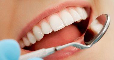 شرب الماء وتناول الشاى الأخضر والحليب هيساعدك فى الحفاظ على صحة أسنانك