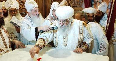"""الأنبا باخوميوس موجها الشكر للسيسي: """"قانون بناء الكنائس نقلة حضارية"""""""