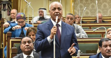 """طلب عاجل إلى رئيس الوزراء حول دخول """"المصريين العالقين للحجر الصحى"""""""