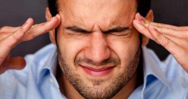 اسباب الصداع النصفي عديدة منها كثرة النوم