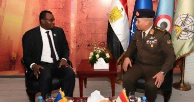 الفريق أول محمد زكى يلتقى وزير الأمن بجمهورية تشاد ونائب وزير الدفاع الفرنسى