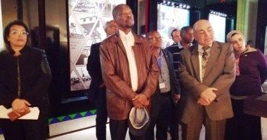 سفير موزمبيق يزور متحف النيل بأسوان قبل مشاركته بمنتدى السلام والتنمية.. صور