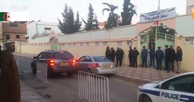 شاهد اللقطات الأولى لبدء الانتخابات الرئاسية فى الجزائر