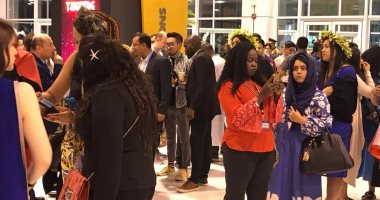 صور.. الأزياء الوطنية الأفريقية تسيطر على افتتاح منتدى شباب العالم