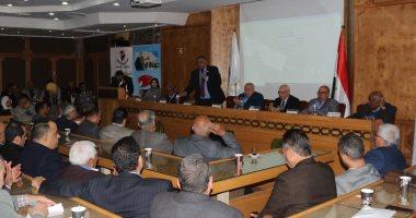 اتحاد عمال مصر: أى حزب يريد النجاح عليه الاهتمام بالشريحة العمالية