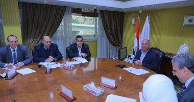 وزير النقل يبحث معدلات تجديد وصيانة خطوط السكك الحديدية
