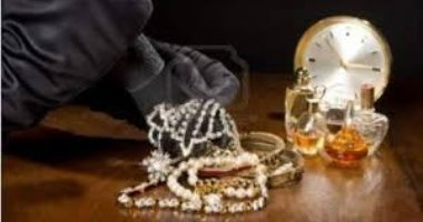 استدعاء ضابط التحريات في واقعة ضبط خادمة بتهمة سرقة مجوهرات من طليقها