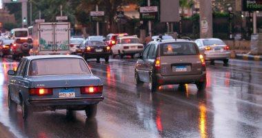 الإدارة العامة للمرور: أمطار خفيفة على الطرق.. وحركة السيارات تسير بانتظام.. صور