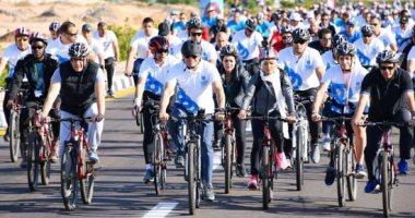 الرئيس السيسي يتقدم الشباب في ماراثون السلام بشرم الشيخ