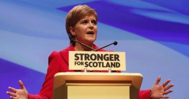 رئيسة وزراء اسكتلندا تدرس فرض حجر صحى على القادمين من إنجلترا لمواجهة كورونا
