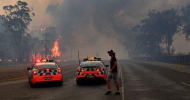 مصرع 2 من رجال الإطفاء فى أستراليا بعد اشتداد حدة حرائق الغابات قرب سيدنى