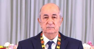 عبد القادر بن صالح يقلد الرئيس الجديد عبد المجيد تبون وسام مصاف الاستحقاق الوطنى