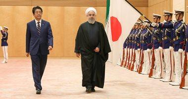 رئيس وزراء اليابان يطالب حسن روحانى الالتزام بالاتفاق النووى