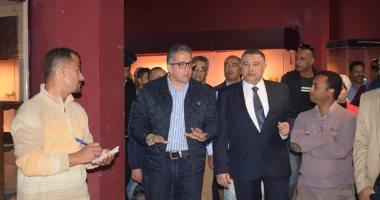 صور.. وزير الآثار يتفقد متحف الغردقة ويعطى مهلة أسبوع لإنهاء الإنشاءات