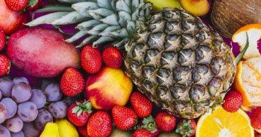 أسعار الفاكهة بسوق العبور للجملة قبل العيد.. التفاح المصرى يبدأ من 5 جنيهات