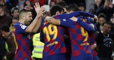 سوبر كورة.. برشلونة ينافس الأهلى والزمالك على لاعب جديد.. تعرف عليه