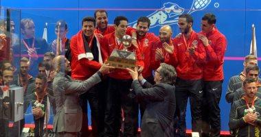 فراعنة الاسكواش يعودون إلى القاهرة غداً بعد الفوز ببطولة العالم