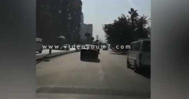 """فيديو.. حركة السيارات بكورنيش النيل """"شبرا – التحرير"""""""