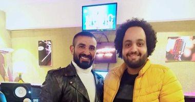شاهد كواليس تسجيل أحمد سعد لـ أغنية جديدة اليوم السابع