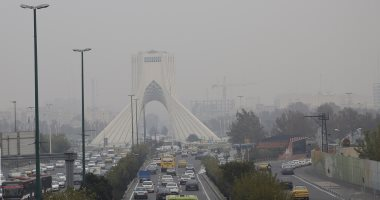 """إيران انترنشونال: محتجون إيرانيون يرددون """"الباسيج والحرس الثورى دواعشنا"""""""