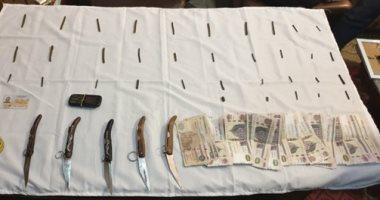 ضبط 3 أشخاص بسوهاج وبحوزتهم مواد مخدرة وأسلحة نارية وبيضاء