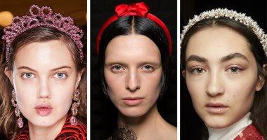 أحدث أشكال اكسسوارات الشعر لشتاء 2020 ..مشابك وأغطية مرصعة بالمجوهرات