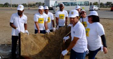"""حملة """"نظفوا الإمارات"""" تجمع 39 طن نفايات"""