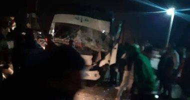 إصابة 16 شخصا فى حادث انقلاب ميكروباص بطريق أبو منقار – الفرافرة بالوادى الجديد