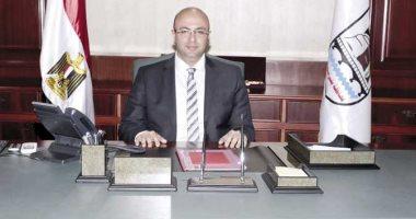 محافظ بني سويف : لجنة تقنين الأراضى حررت 532 عقدا للمواطنين