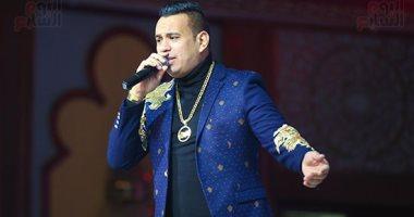 فيديو.. محمود الليثى يغنى مع الجمهور فى حفل رأس السنة الجديدة بالزمالك