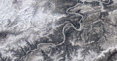 صورة اعرف كم معدل فقدان الجليد بالأنهار بسبب ارتفاع حرارة الأرض خلال 100 عام