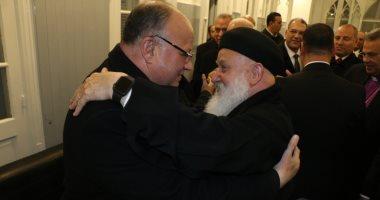 محافظ القاهرة يشارك الأرمن الأرثوذكس والطائفة الإنجيلية احتفالات عيد الميلاد
