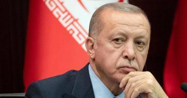 قصة تركى اعتقلته شرطة أردوغان بعد سعيه توثيق عدم اعترافه بشرعية رئيس تركيا