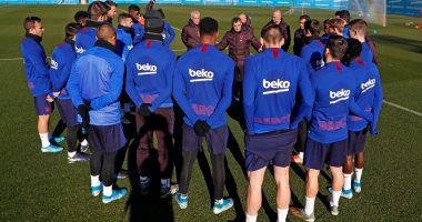 هل يكون آخر ظهور.. فالفيردى يقود تدريبات برشلونة قبل الاجتماع الحاسم