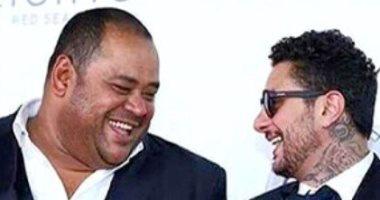 أحمد الفيشاوى فى صورة مع محمد ممدوح.. ويعلق: واحد من الفنانين الثقال فى الوزن