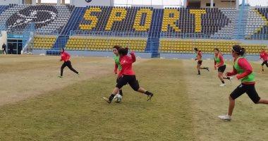 معسكر مفتوح لمنتخب الكرة النسائية استعداداً لمواجهة المغرب