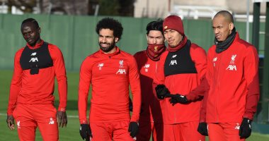 فابينيو يعود إلى تدريبات ليفربول استعداداً لقمة مانشستر يونايتد.. صور