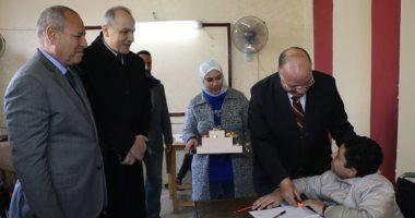 محافظ القاهرة يتفقد سير امتحانات الشهادة الإعدادية ويوجه بتهيئة اللجان للطلاب