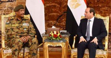 """""""البرهان"""" يشيد فى اتصال هاتفى بالسيسى بالدعم المصرى للحفاظ على استقرار السودان"""