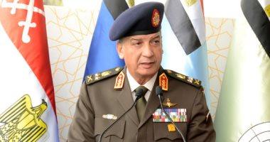 وزير الدفاع  يشهد حفل انتهاء فترة الإعداد العسكرى لطلبة الكليات العسكرية