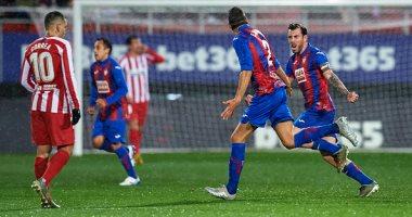 أتلتيكو مدريد يسقط بثنائية أمام إيبار فى الدوري الإسباني.. فيديو